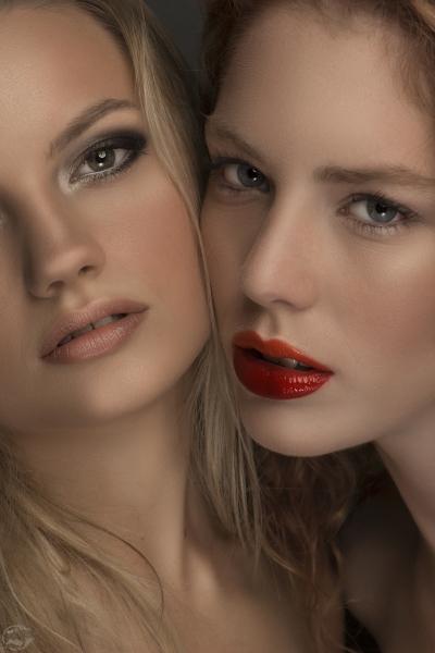 Beauty duo