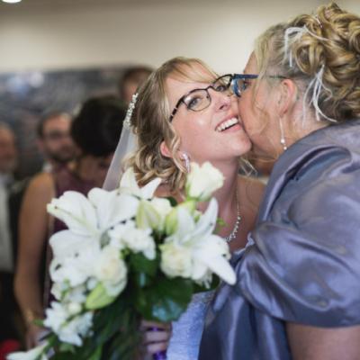 Elsa mariée et sa maman